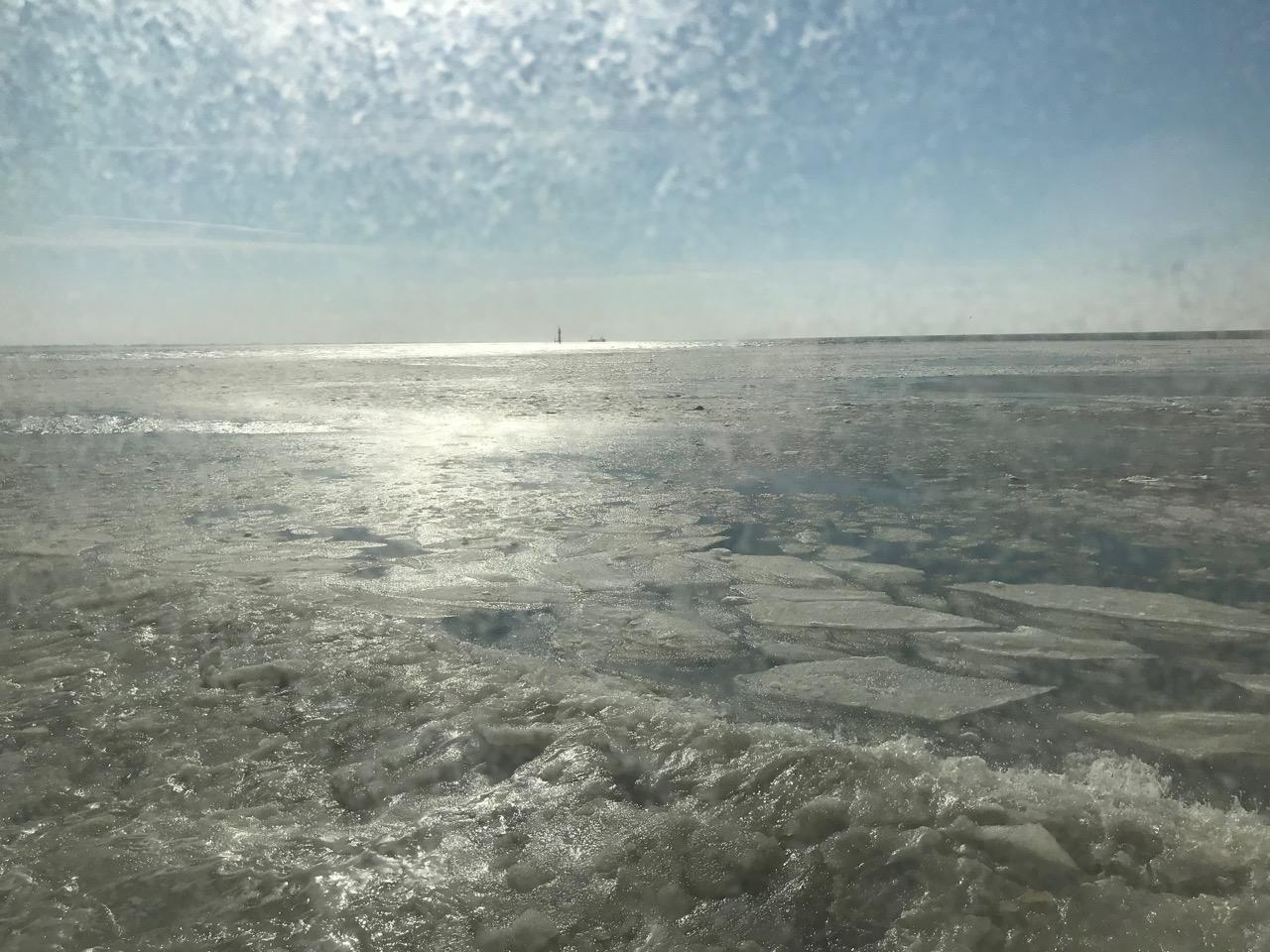 Nordsee mit Eisschollen