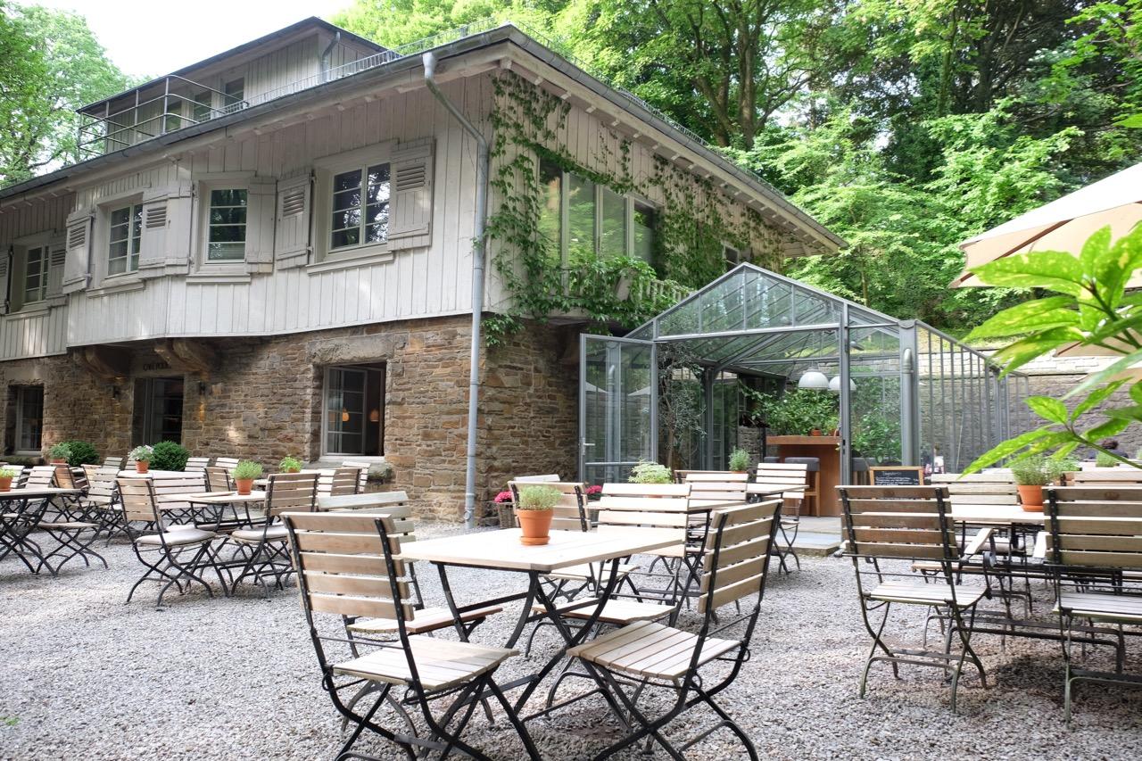 Skulpturenpark Waldfrieden: Café Podest