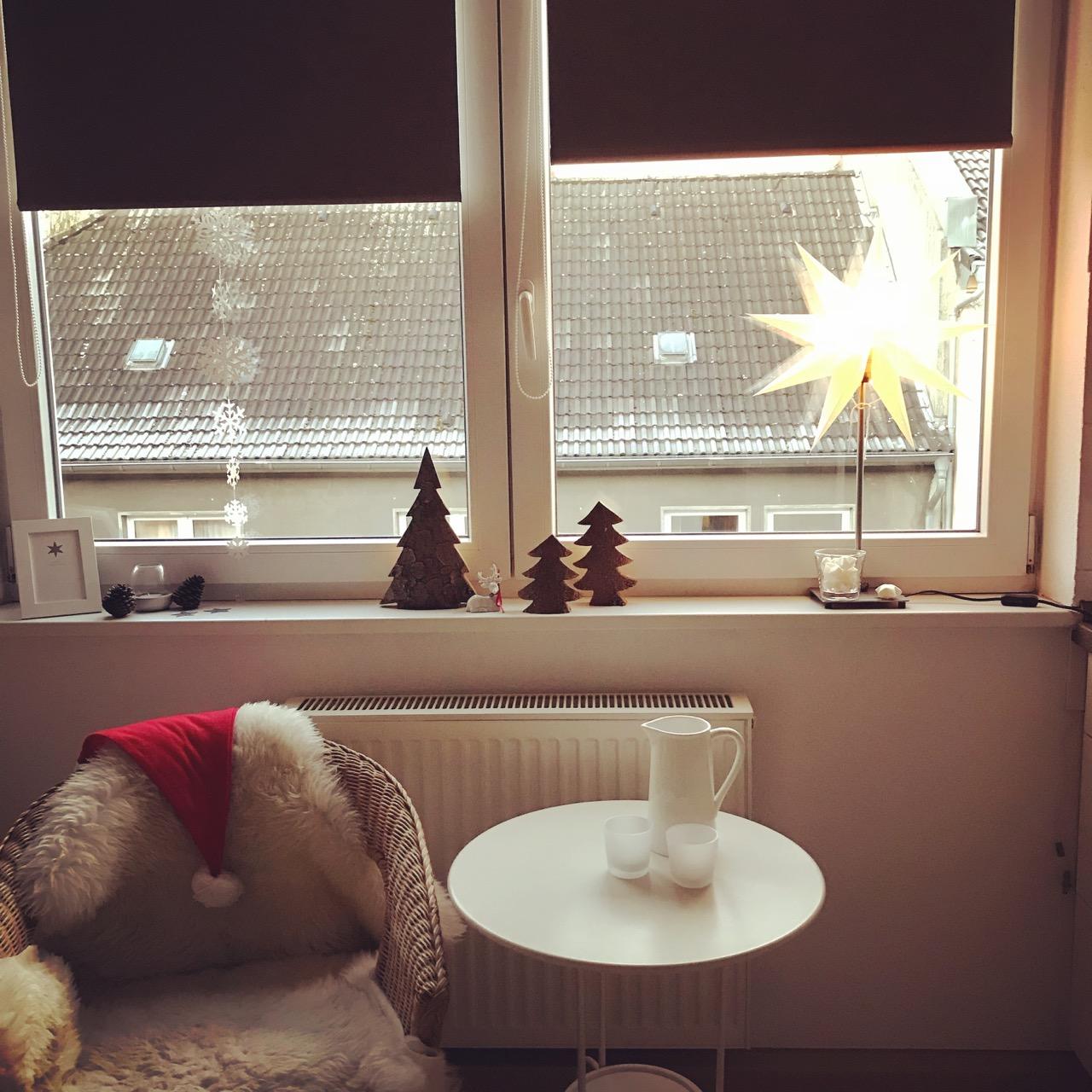 Rauhreif hinter Weihnachtsküche
