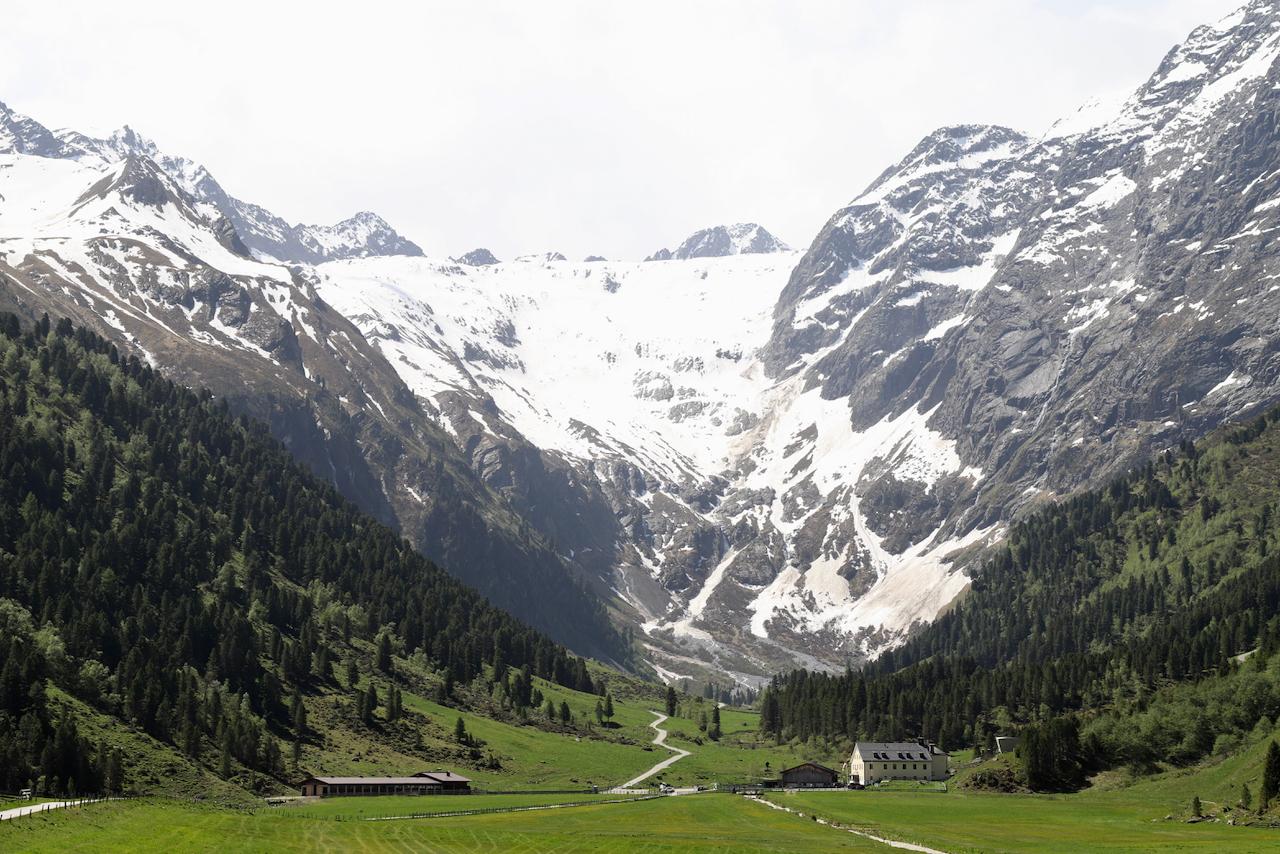 Lüsens: Blick ins Tal