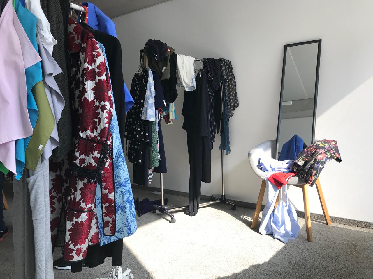 Kleiderschrank