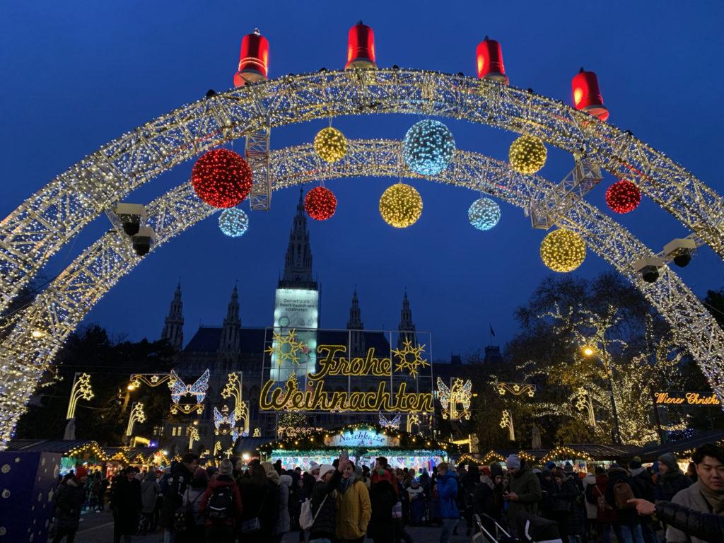 Weihnachtsmark am Rathaus