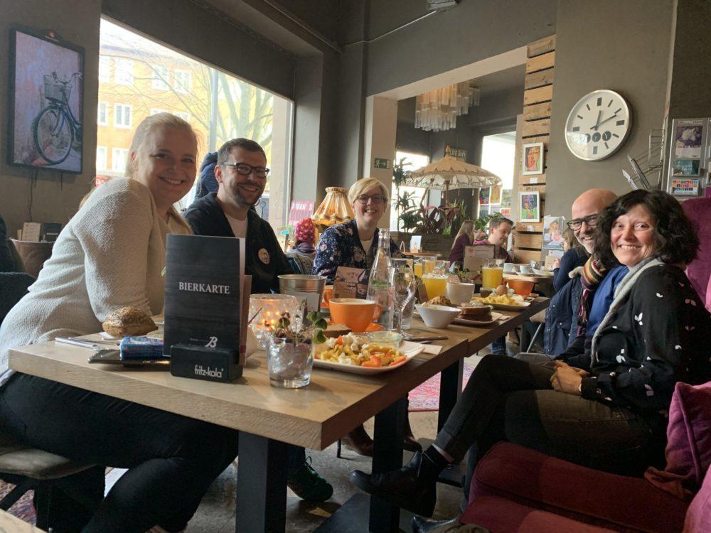 Frühstücksbegleitung in der Küchenwirtschaft Bismarck